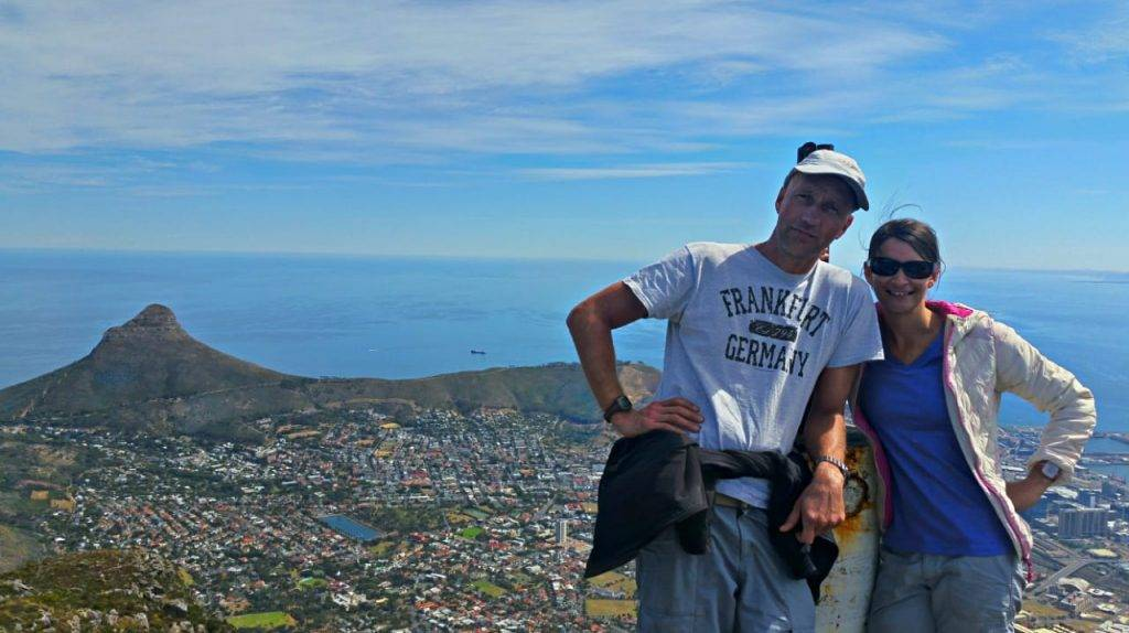 Like2Hike's guides, standing on top of Devil's Peak, with Cape Town in the background