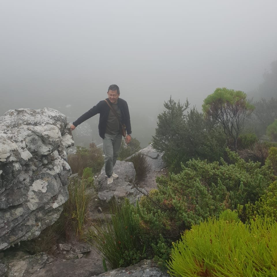 Misty weather on Table Mountain is the reason why you need a guide. This is Kasteelspoort trail. Tafelberg, Führer